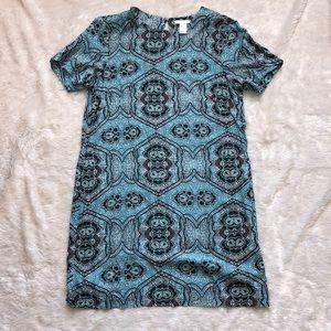 Blue Patterned Short Sleeve Dress.